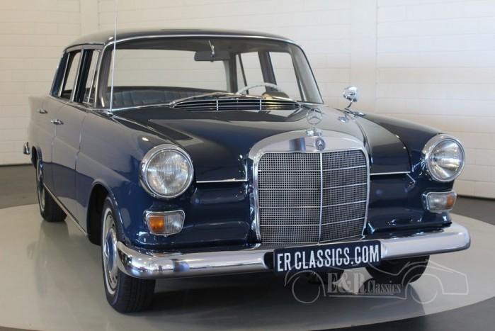 Mercedes Benz 230 Heckflosse 1967 a vendre