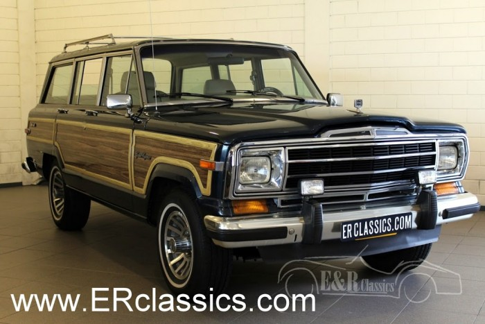 Jeep Wagoneer SUV 1972 a vendre