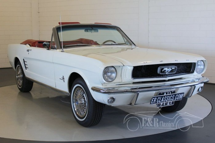 Ford Mustang Cabriolet  a vendre