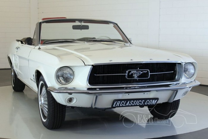 ford mustang cabriolet v8 1967 vendre erclassics. Black Bedroom Furniture Sets. Home Design Ideas