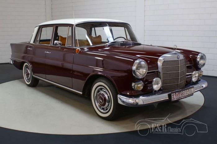 Mercedes-Benz 190 C Heckflosse a vendre
