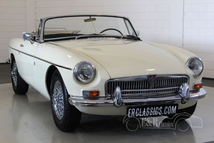 MGB cabriolet Old English White 1963  a vendre