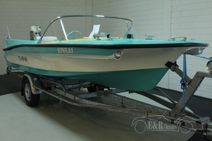 Custom Craft Sunray 1962  a vendre
