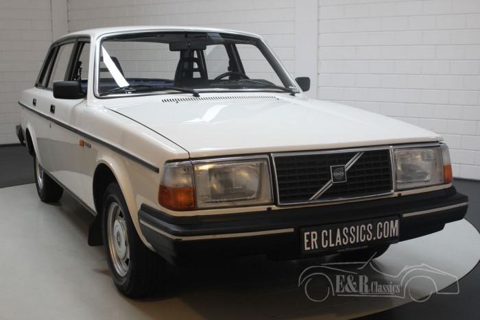 Volvo 240 DL Berline 1985 a vendre