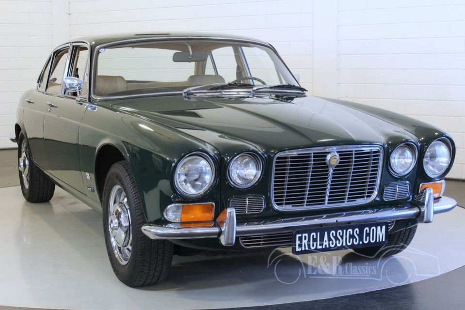 jaguar xj6 saloon 4 2 1972 vendre erclassics. Black Bedroom Furniture Sets. Home Design Ideas