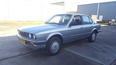 BMW 320i E30 1986 a vendre