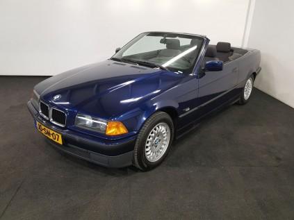 BMW 318I Convertible 1994 a vendre