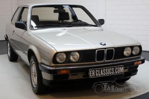 BMW 320i E30 Coupe 1983 a vendre