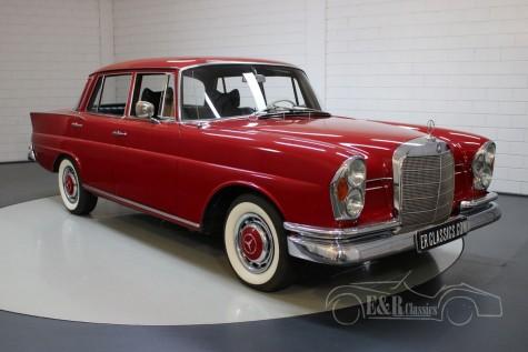 Mercedes-Benz 230S a vendre