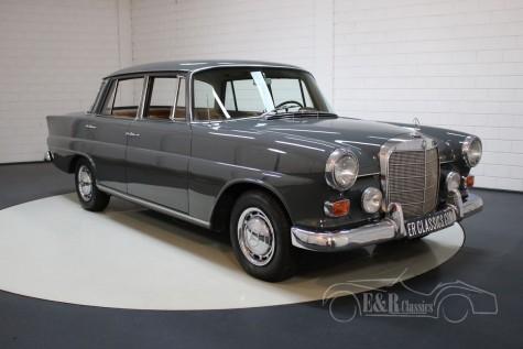Mercedes-Benz 230  a vendre
