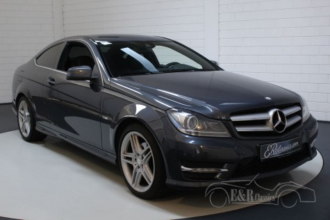 Mercedes-Benz 250CGI AMG sports package 2012 a vendre