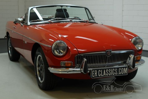 MG B cabriolet V8 1977 a vendre
