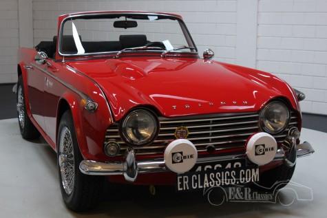 Triumph TR4A IRS 1966  a vendre