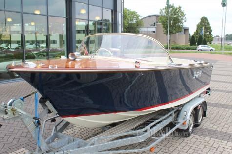 Vega Mistral GT Super Speedboat 1966  a vendre