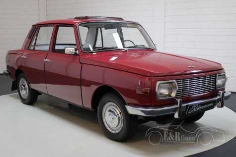 Wartburg 353 restored, sunroof 1971 a vendre