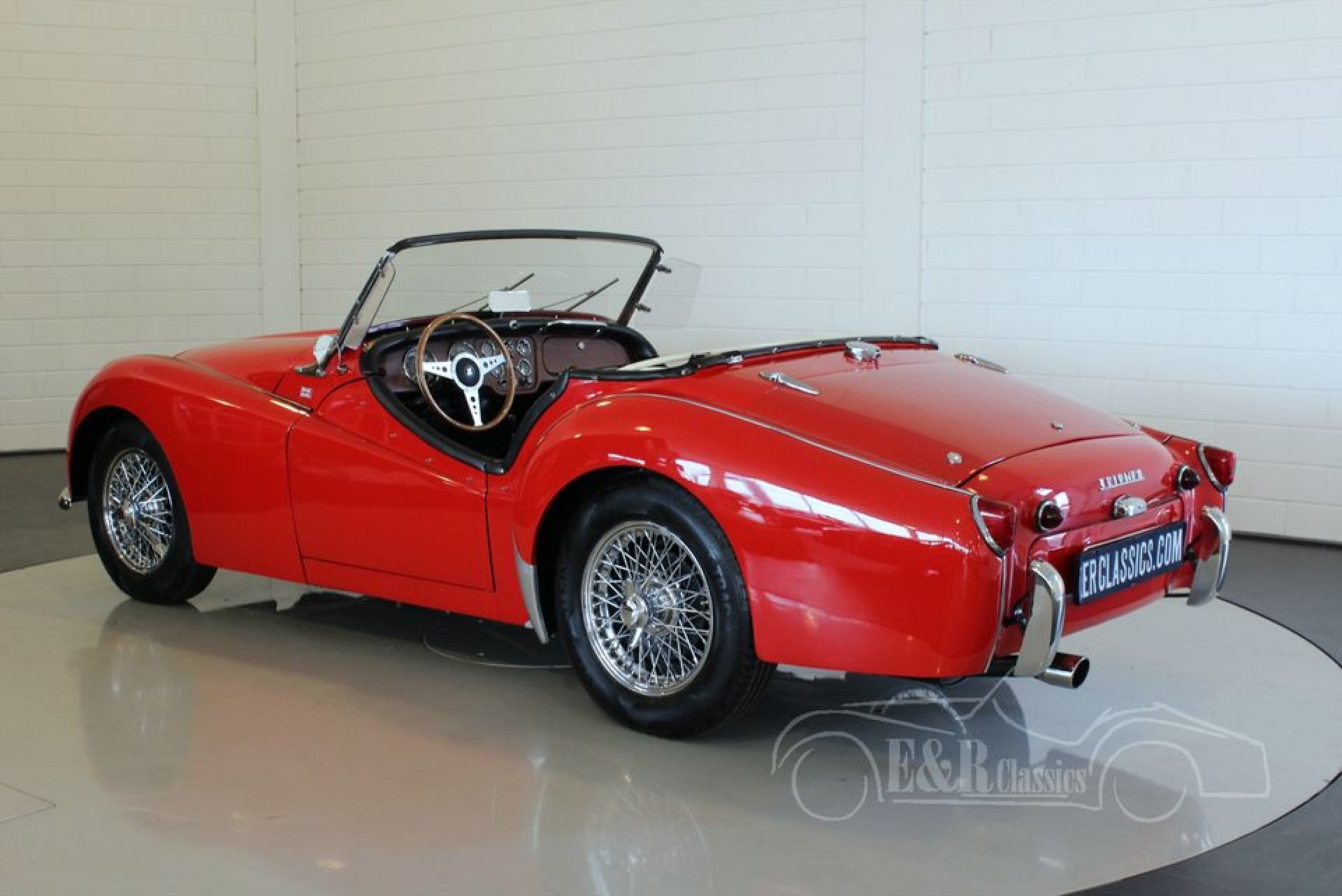 triumph tr3 cabriolet 1957 vendre erclassics. Black Bedroom Furniture Sets. Home Design Ideas