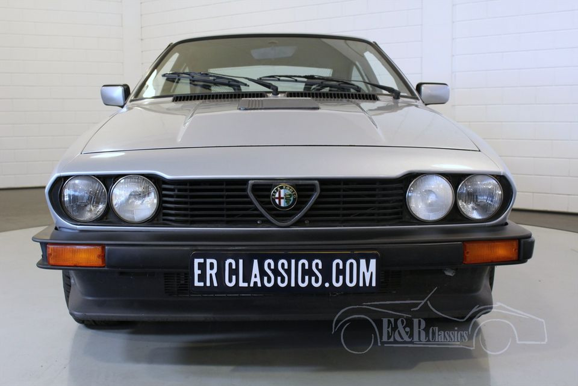alfa romeo gtv6 savali 1985 vendre erclassics. Black Bedroom Furniture Sets. Home Design Ideas