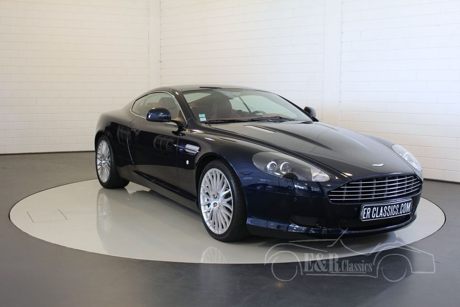 aston martin db9 coupe v12 2010 vendre erclassics. Black Bedroom Furniture Sets. Home Design Ideas