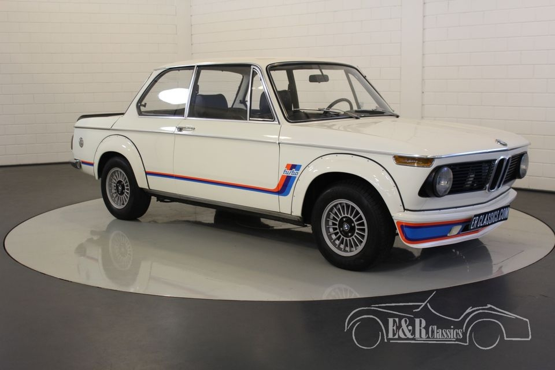 bmw 2002 turbo look 1974 vendre erclassics. Black Bedroom Furniture Sets. Home Design Ideas