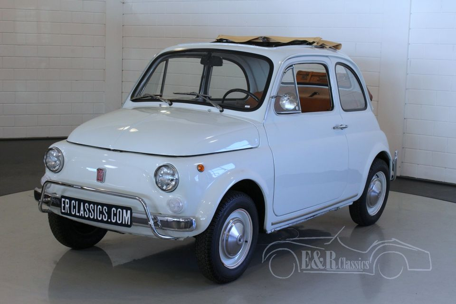 fiat 500 l 1972 vendre erclassics. Black Bedroom Furniture Sets. Home Design Ideas