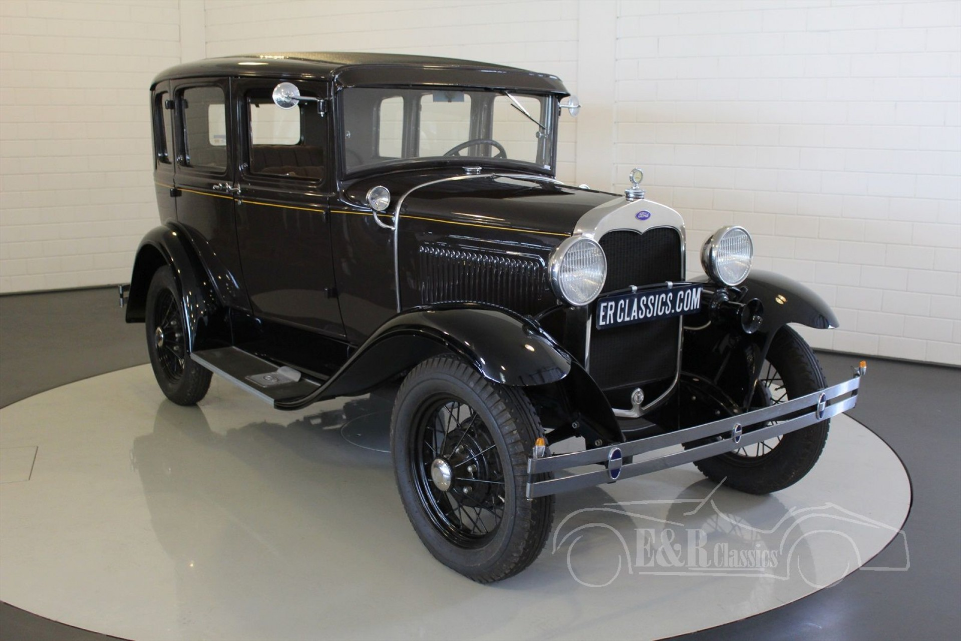 ford model a tudor 1930 vendre erclassics. Black Bedroom Furniture Sets. Home Design Ideas