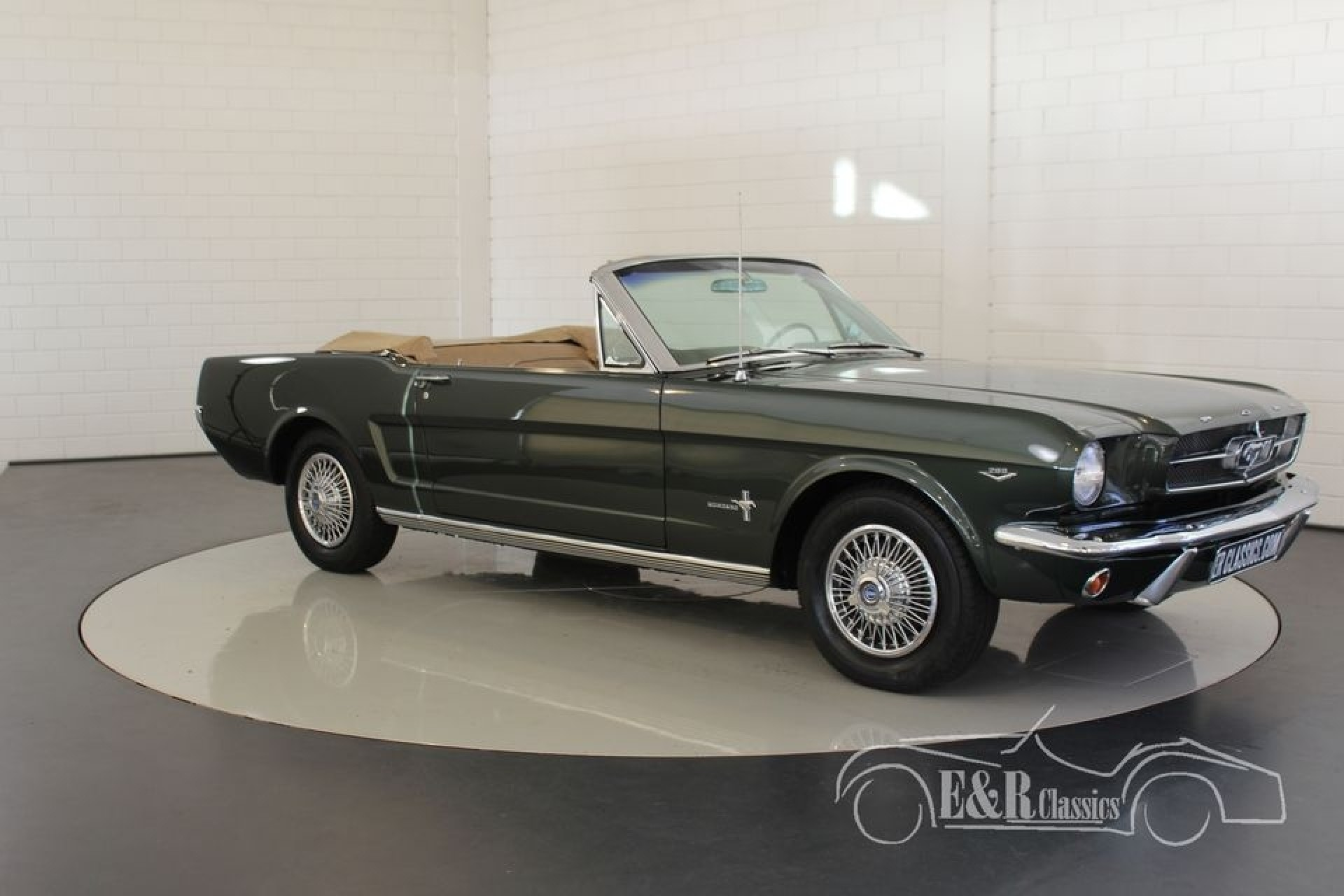 ford mustang cabriolet 1965 vendre erclassics. Black Bedroom Furniture Sets. Home Design Ideas