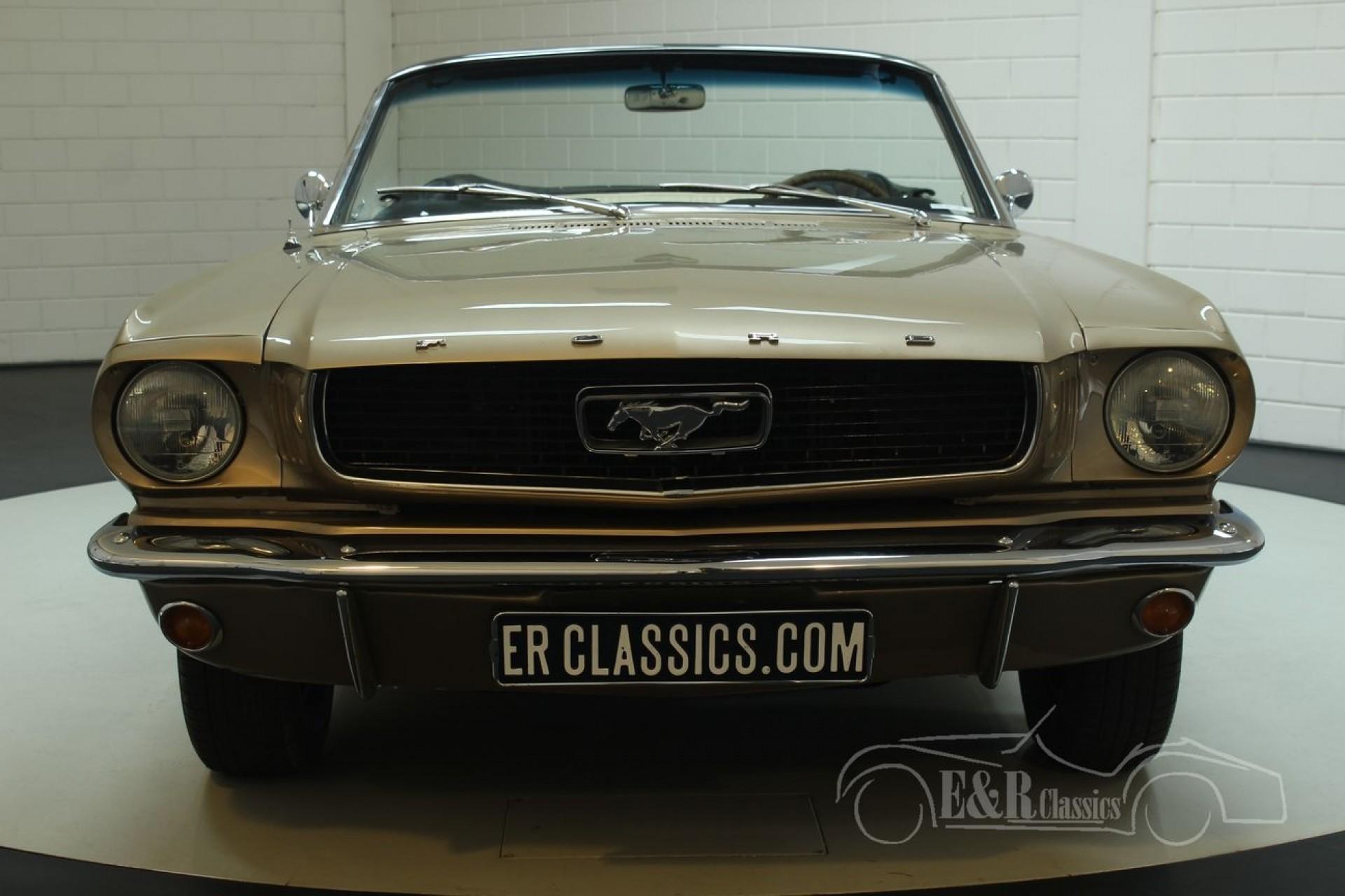 Voir toutes les photos ford mustang cabriolet 1966 a vendre