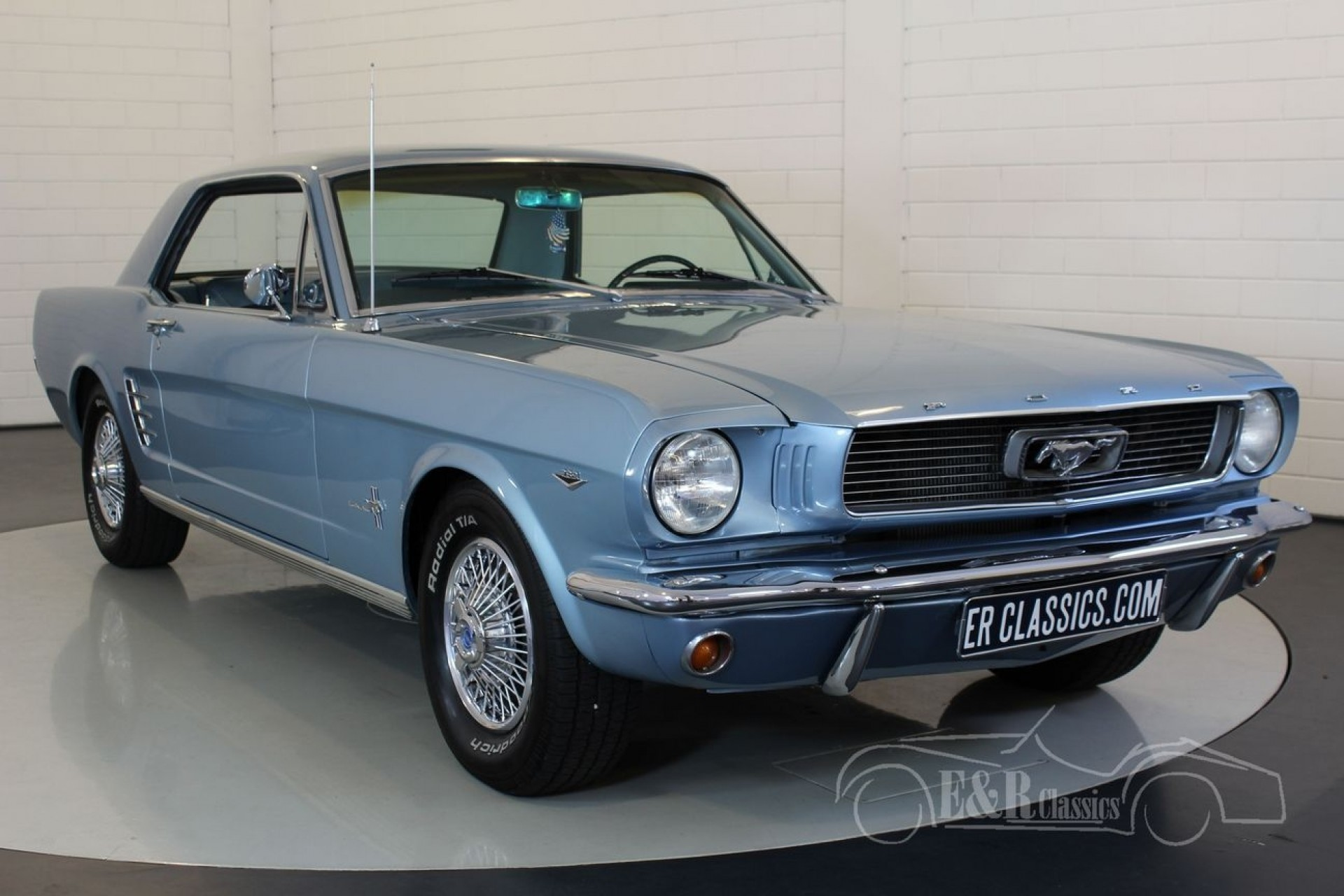 ford mustang coupe v8 1966 vendre erclassics. Black Bedroom Furniture Sets. Home Design Ideas