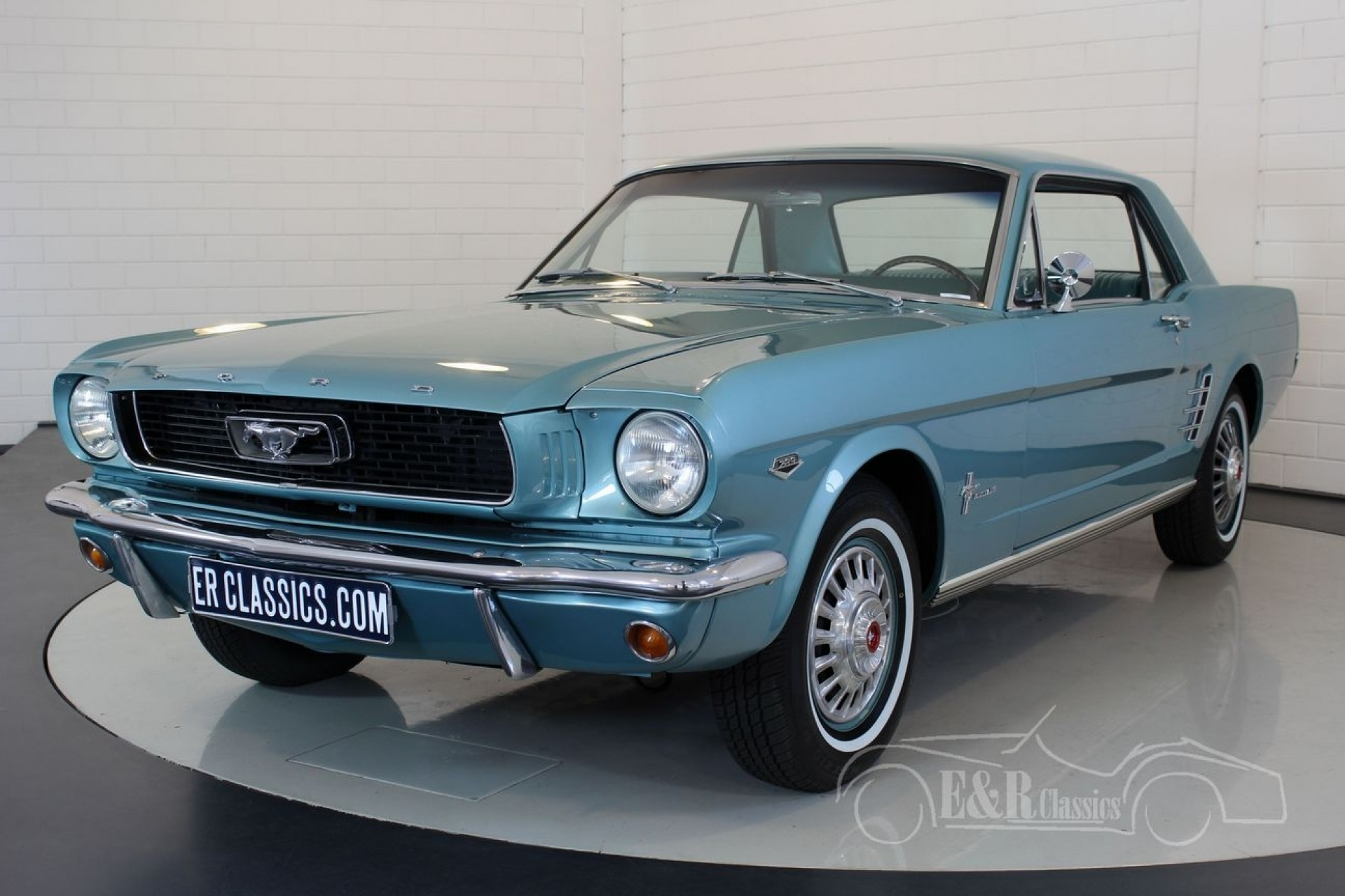 ford mustang coupe c code v8 1966 vendre erclassics. Black Bedroom Furniture Sets. Home Design Ideas