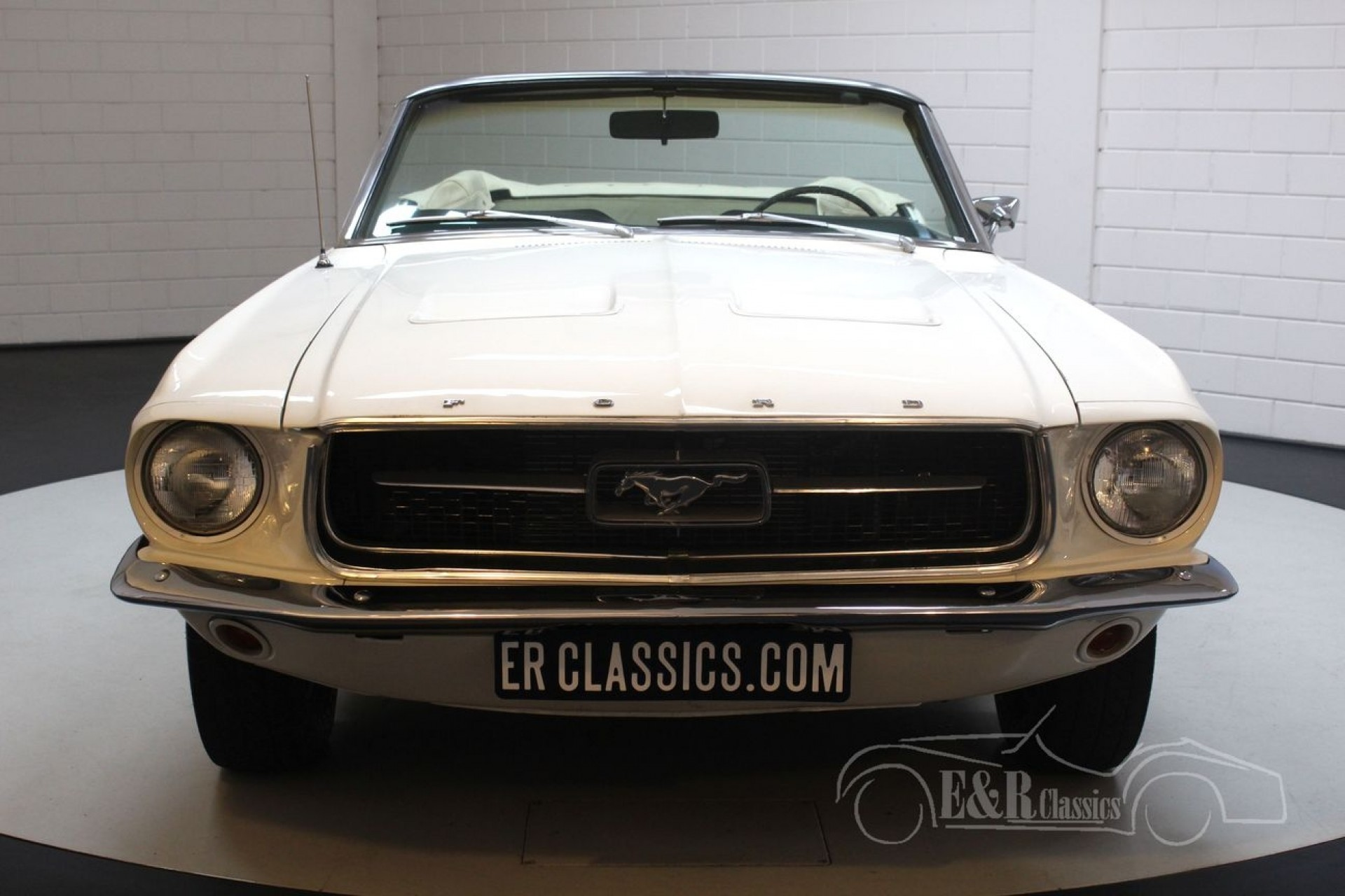 Ford mustang v8 cabriolet 1967 a vendre 46 photos