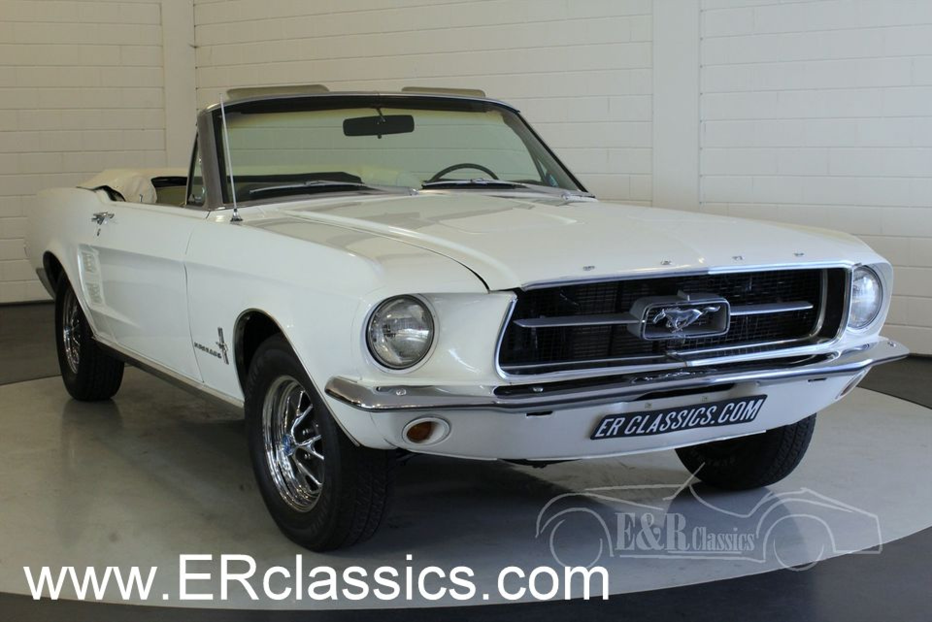 ford mustang 1967 vendre erclassics. Black Bedroom Furniture Sets. Home Design Ideas