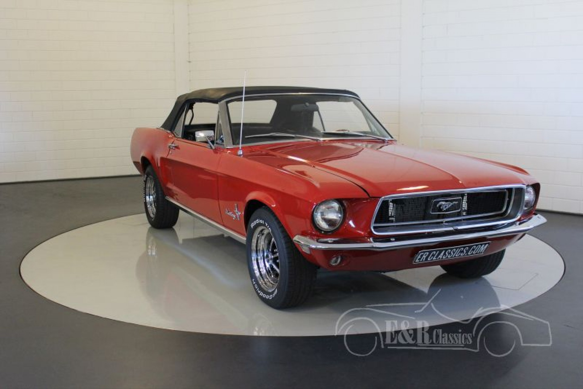 ford mustang convertible 1968 vendre erclassics. Black Bedroom Furniture Sets. Home Design Ideas