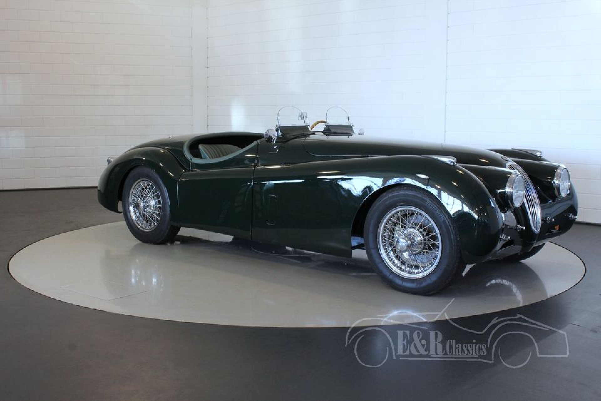 jaguar xk 120 roadster 1952 vendre erclassics. Black Bedroom Furniture Sets. Home Design Ideas