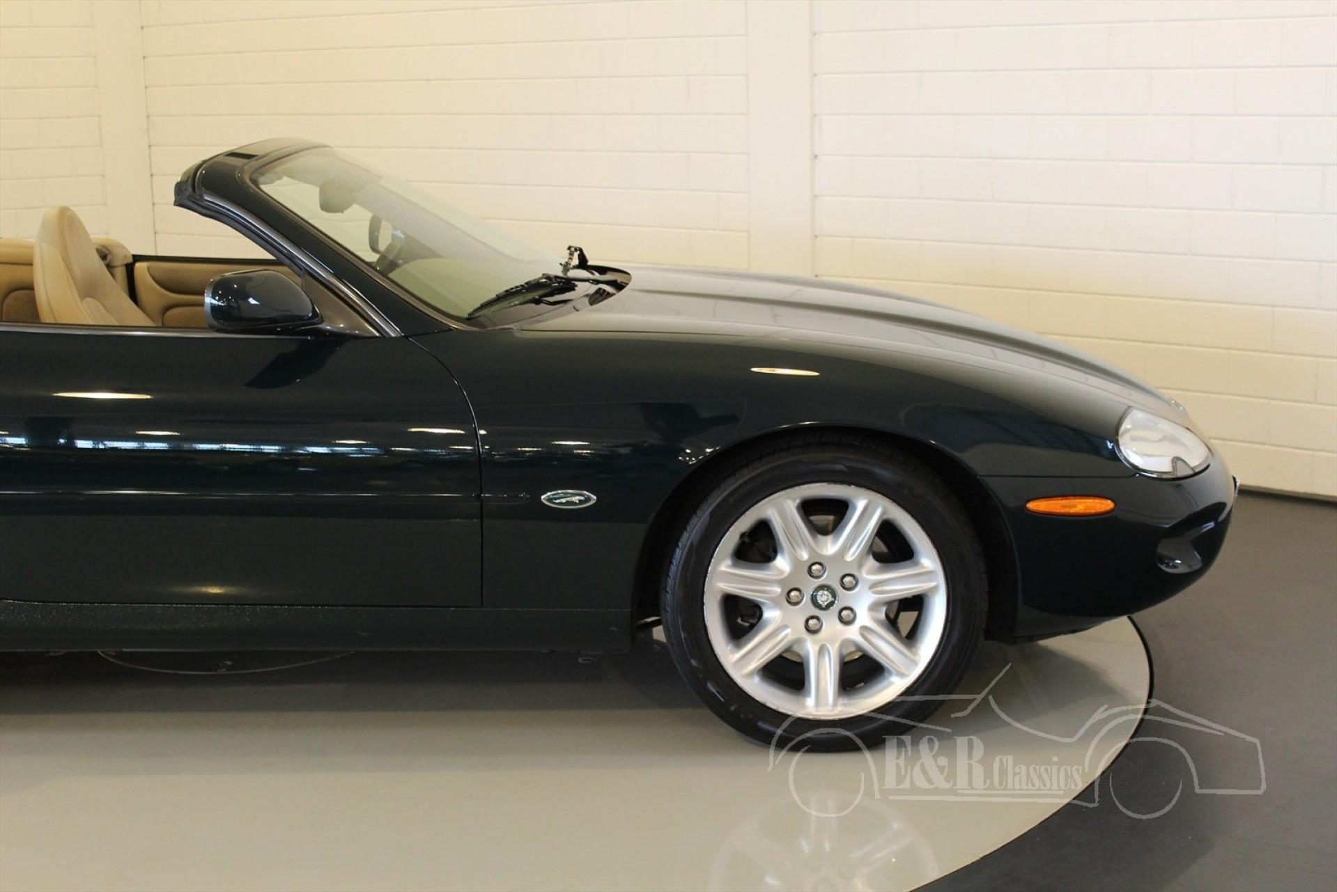jaguar xk8 cabriolet 2000 vendre erclassics. Black Bedroom Furniture Sets. Home Design Ideas