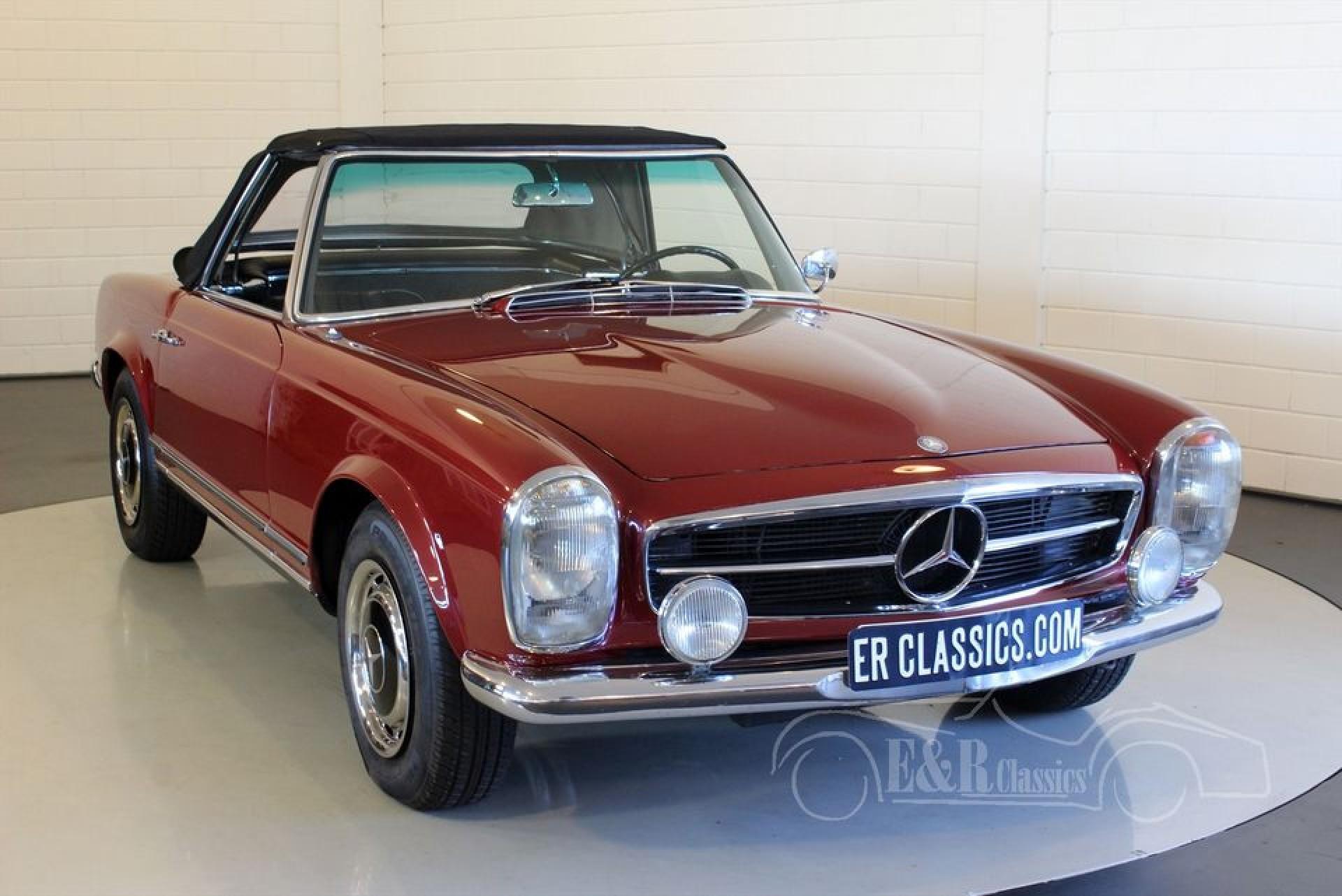 Mercedes benz 250 sl pagode 1967 vendre erclassics for Mercedes benz route 17