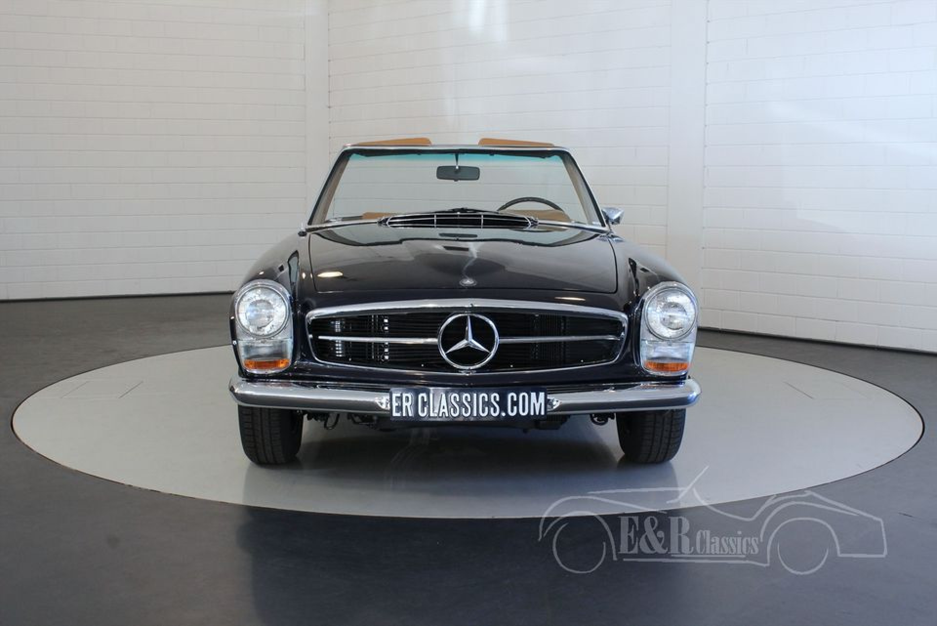 mercedes benz 280 sl pagode 1968 vendre erclassics. Black Bedroom Furniture Sets. Home Design Ideas