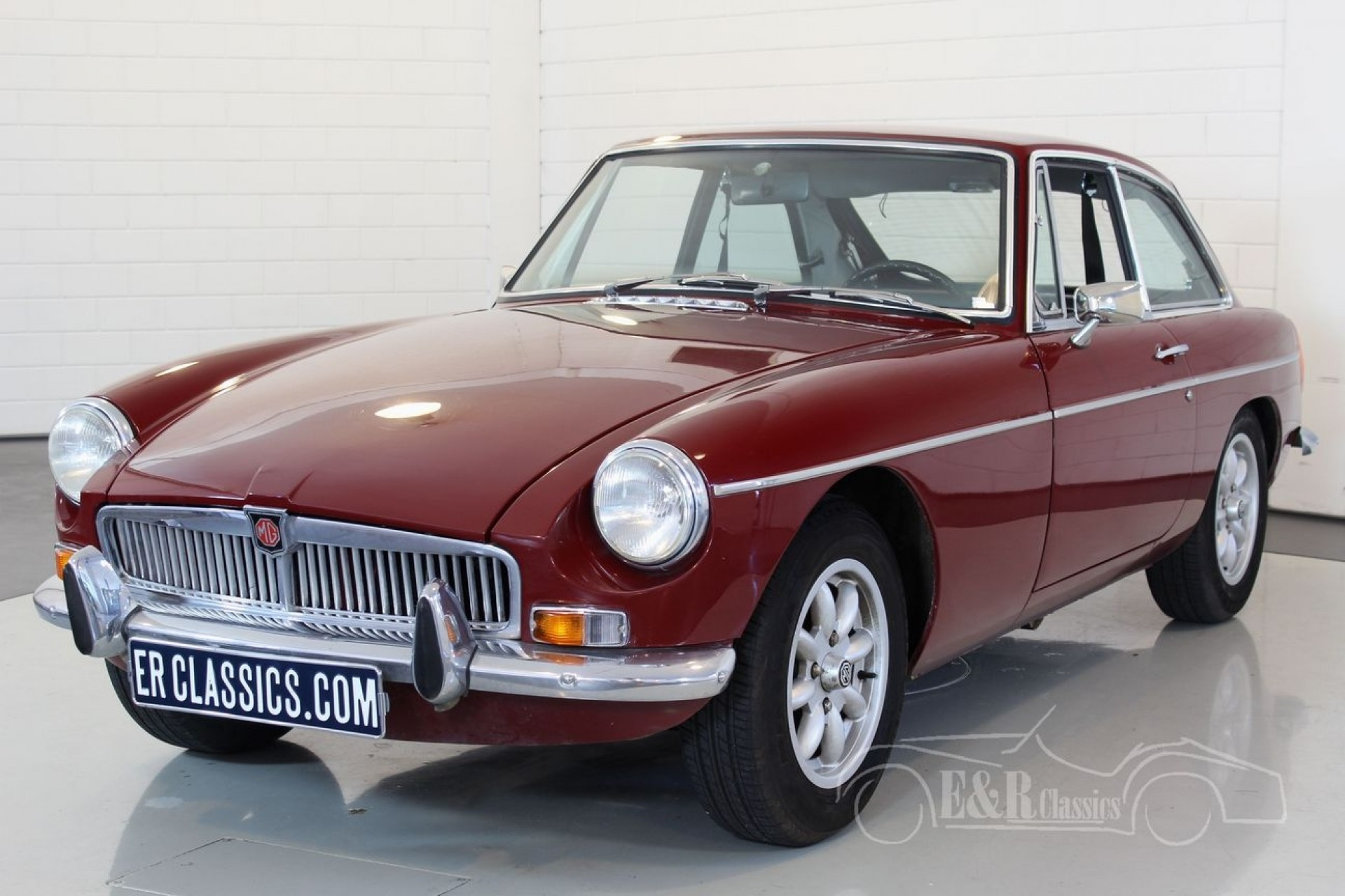 mgb gt coupe 1973 vendre erclassics. Black Bedroom Furniture Sets. Home Design Ideas