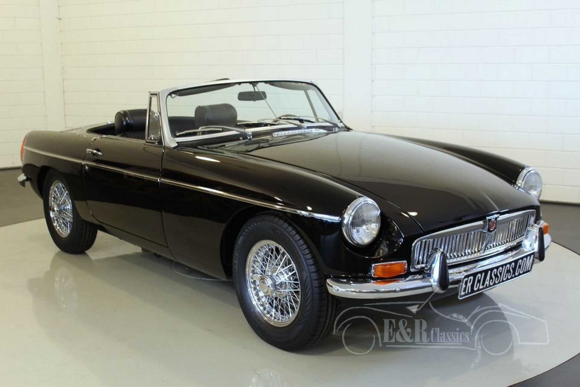 mgb roadster 1972 vendre erclassics. Black Bedroom Furniture Sets. Home Design Ideas