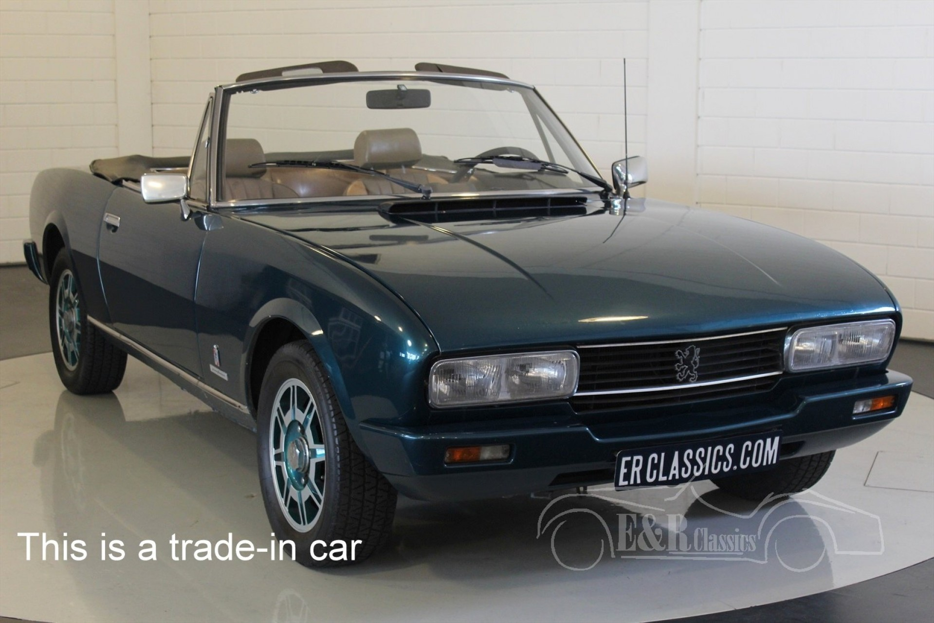 peugeot 504 cabriolet 1980 vendre erclassics. Black Bedroom Furniture Sets. Home Design Ideas