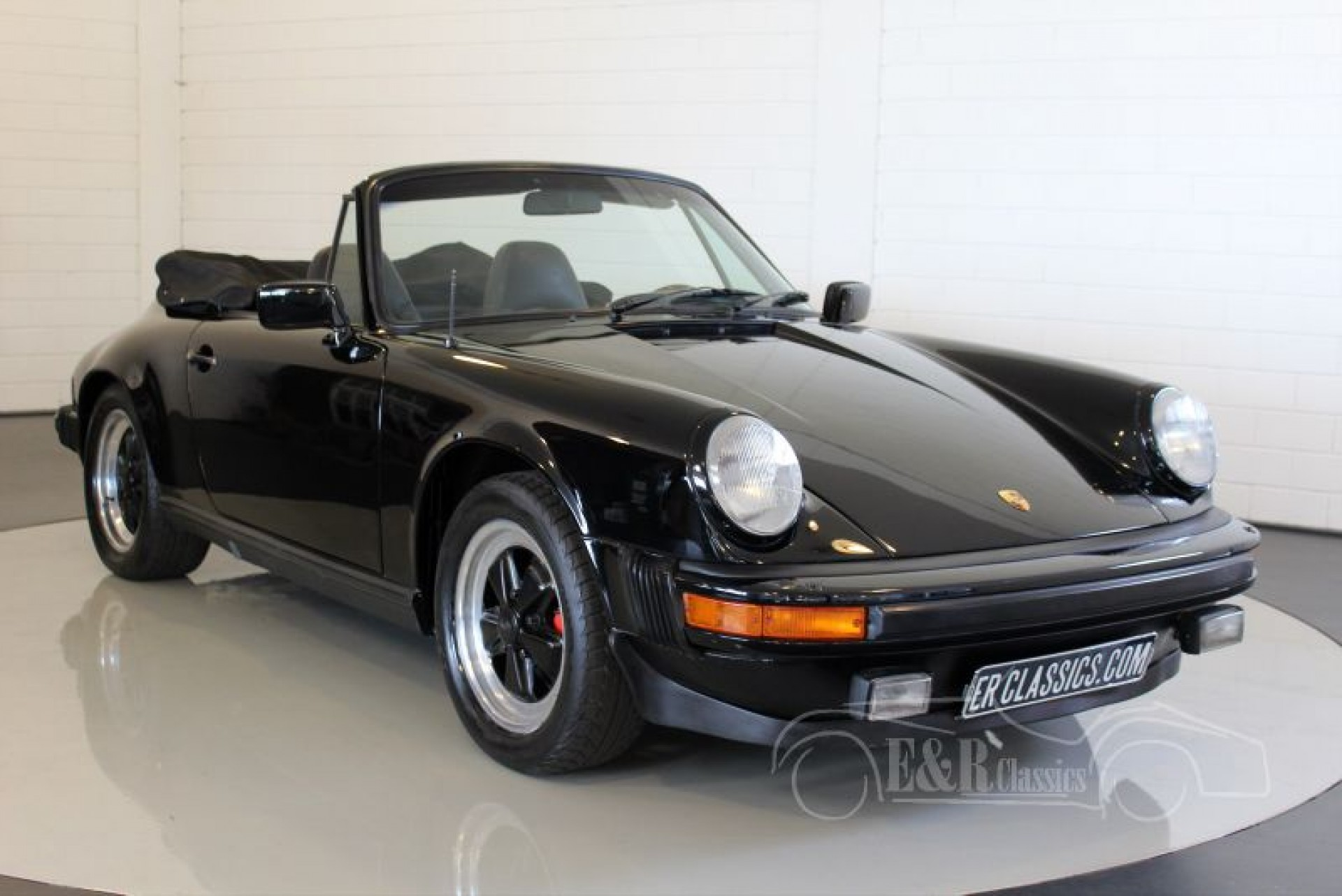 porsche 911 sc cabriolet 1983 vendre erclassics. Black Bedroom Furniture Sets. Home Design Ideas