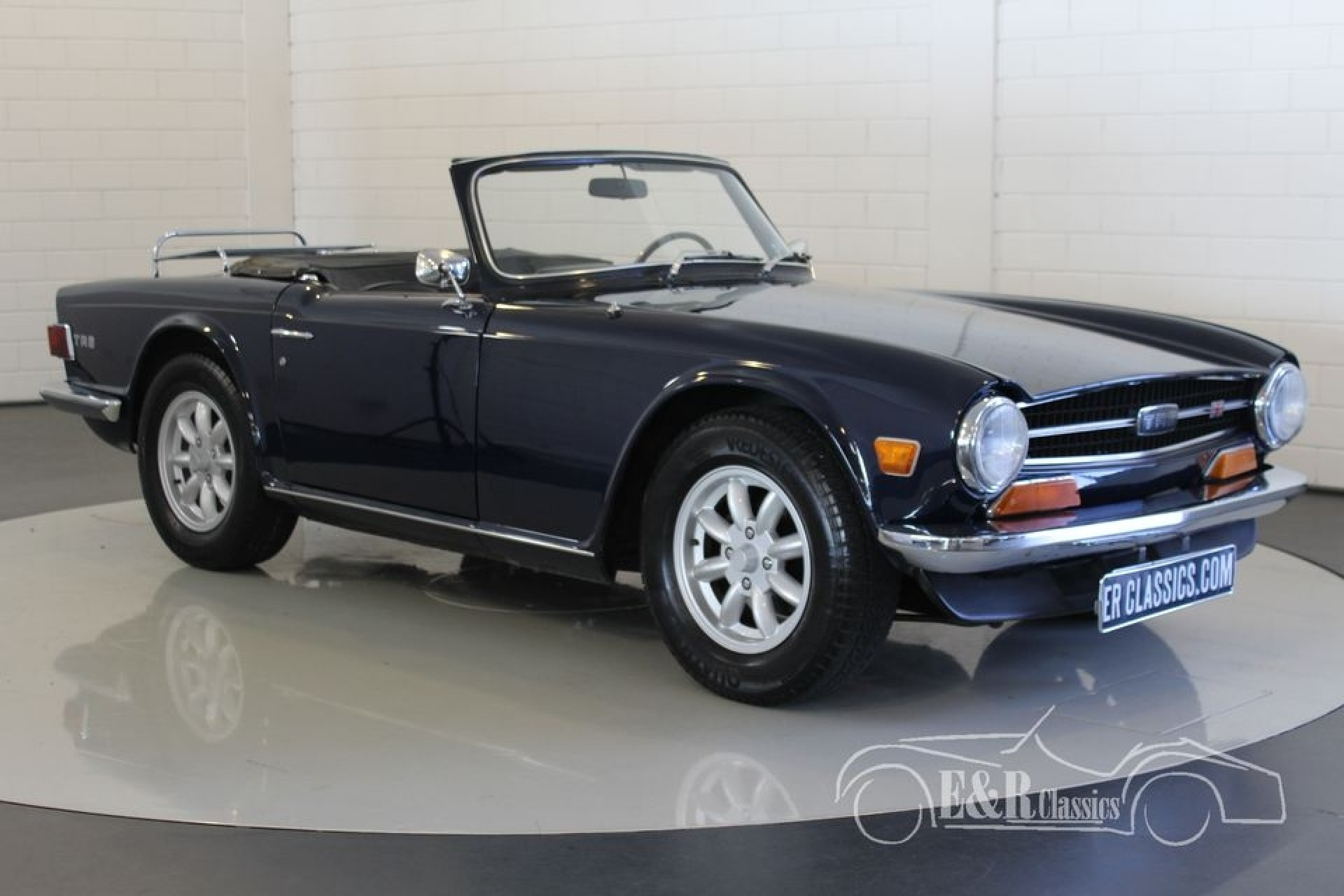 triumph tr6 cabriolet 1970 vendre erclassics. Black Bedroom Furniture Sets. Home Design Ideas