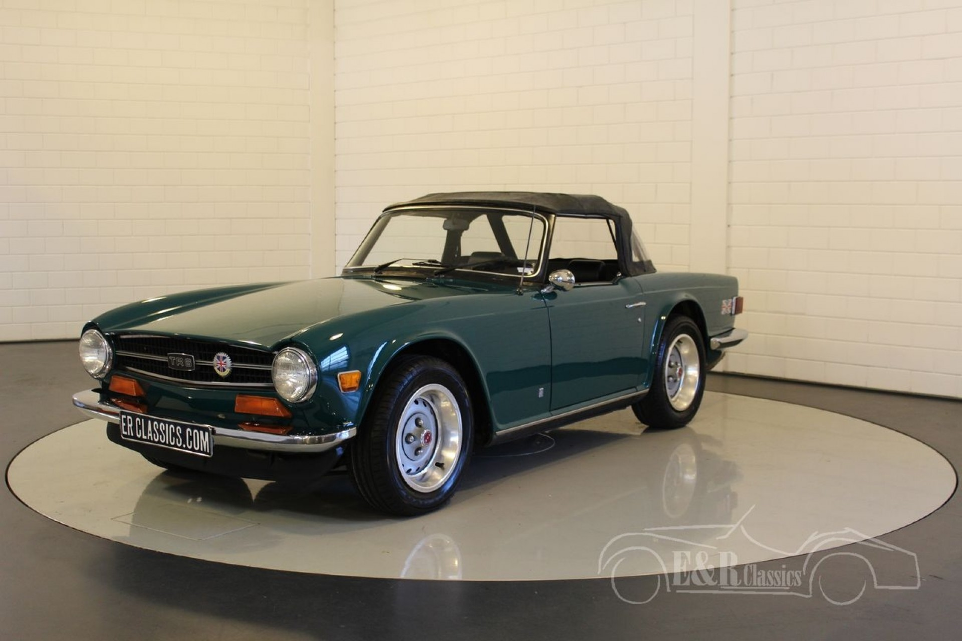 triumph tr6 cabriolet 1974 vendre erclassics. Black Bedroom Furniture Sets. Home Design Ideas