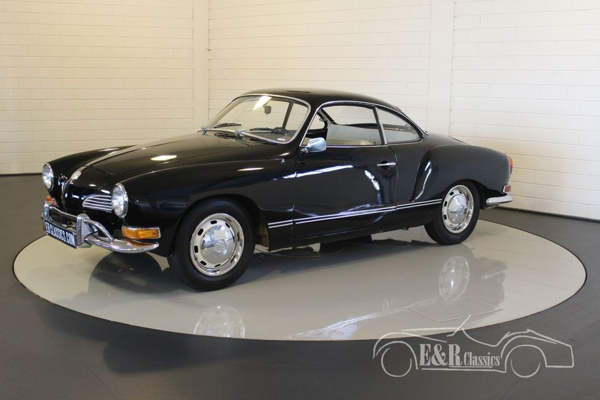 volkswagen karmann ghia 1970 vendre erclassics. Black Bedroom Furniture Sets. Home Design Ideas