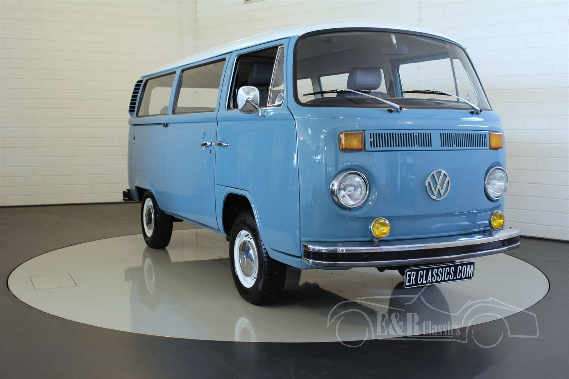 volkswagen t2 combi 1976 vendre erclassics. Black Bedroom Furniture Sets. Home Design Ideas