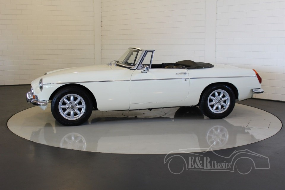 mg mgb roadster 1970 vendre erclassics. Black Bedroom Furniture Sets. Home Design Ideas