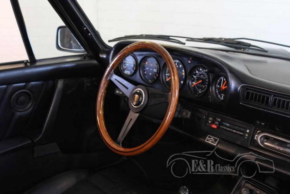 Porsche 911 sc cabriolet 1983 vendre erclassics for Interieur 911 sc